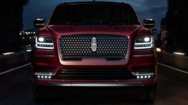 2020 Lincoln Mark LT Face