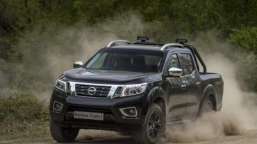 2021 Nissan Frontier redesign specs