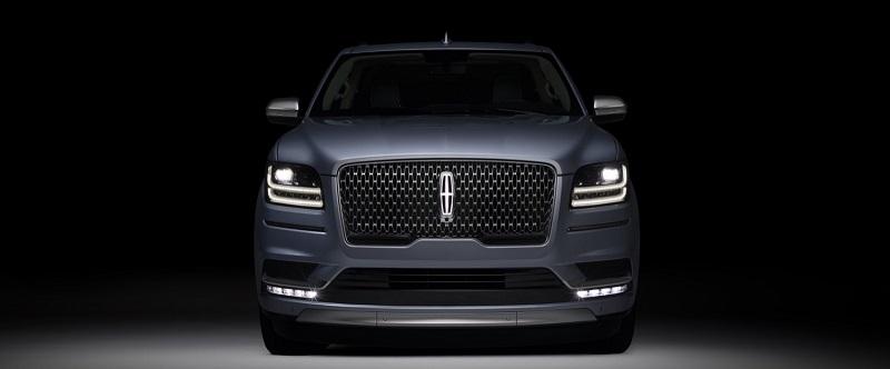 2019-Lincoln-Mark-LT.jpg