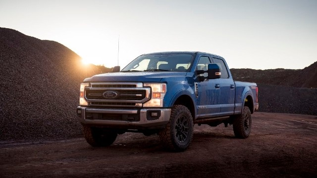 2021-Ford-F-250-Raptor-render.jpg