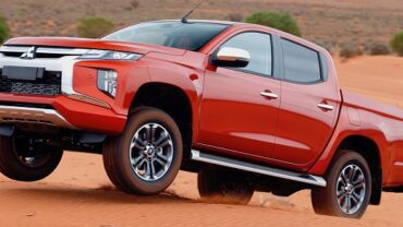 2021 Mitsubishi Raider featured