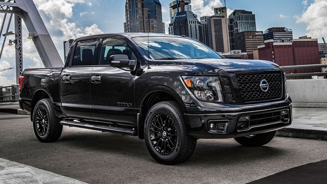 2021 Nissan Titan Midnight Edition features