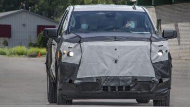 2022 Chevy Silverado 1500 spy shot