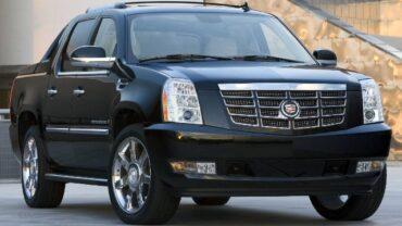 2022 Cadillac Escalade EXT specs