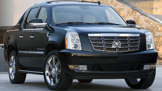 2022-Cadillac-Escalade-EXT-specs.jpg