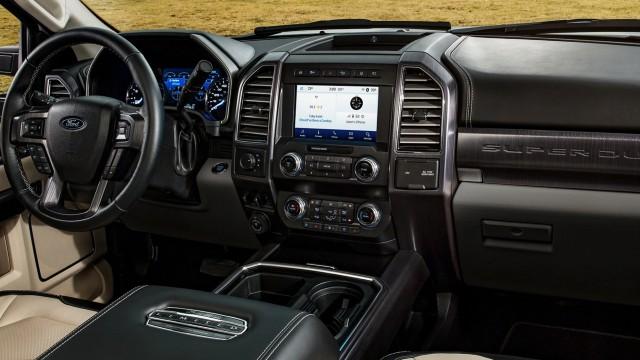 2022 Ford F-450 interior