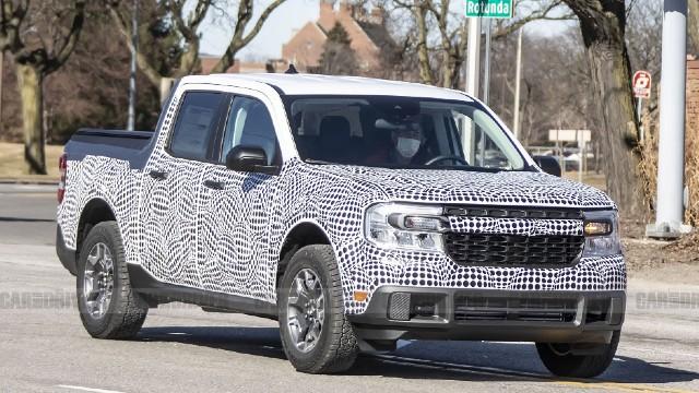 2022 Ford Maverick Hybrid truck