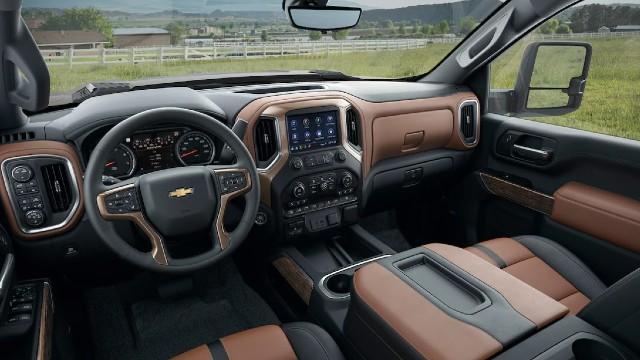 2023 Chevrolet Silverado HD interior