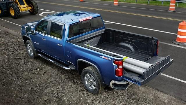 2023 Chevrolet Silverado HD towing