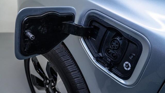 2023 Ford F-150 Lightning charging
